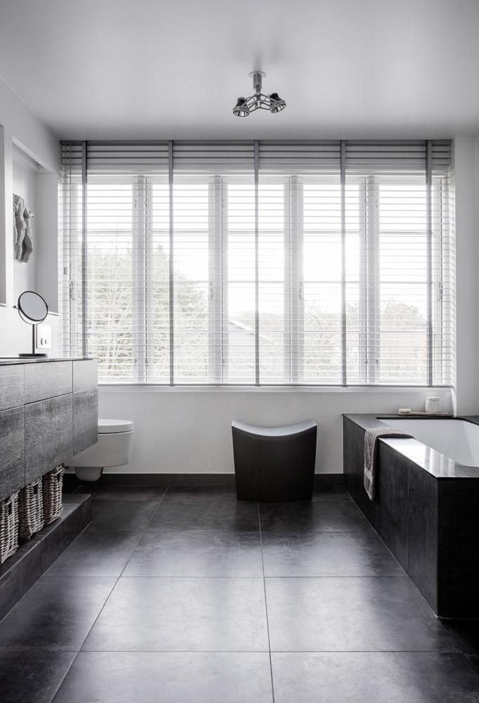 Stylish White & black bathroom