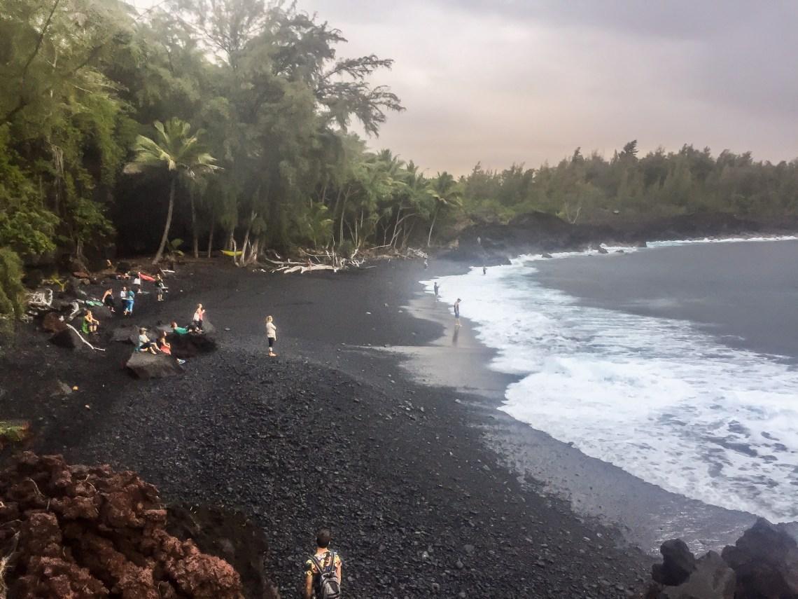 yoga-beach-hawaii