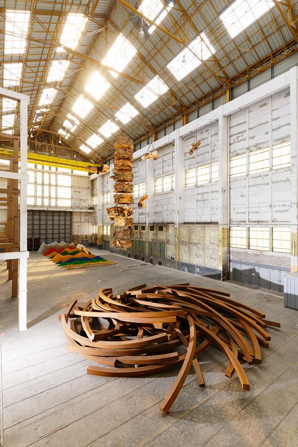 Gigantisme-Art-et-Industrie-photoAurelienMole