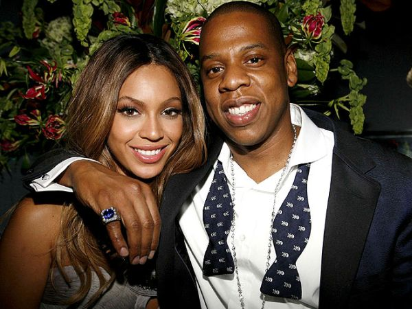 Jay-Z and beyonce got matching rind finger tattoo