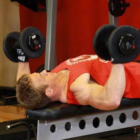 dumbbell-bench-press-instruction-step-1