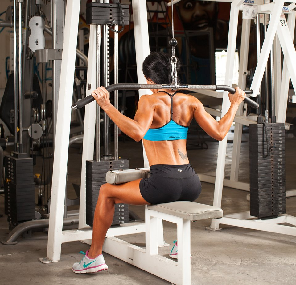 5 Lat Pull-Down Variations For An Impressive Physique