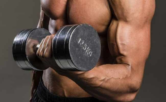 Supinating Ball Dumbbell Curls