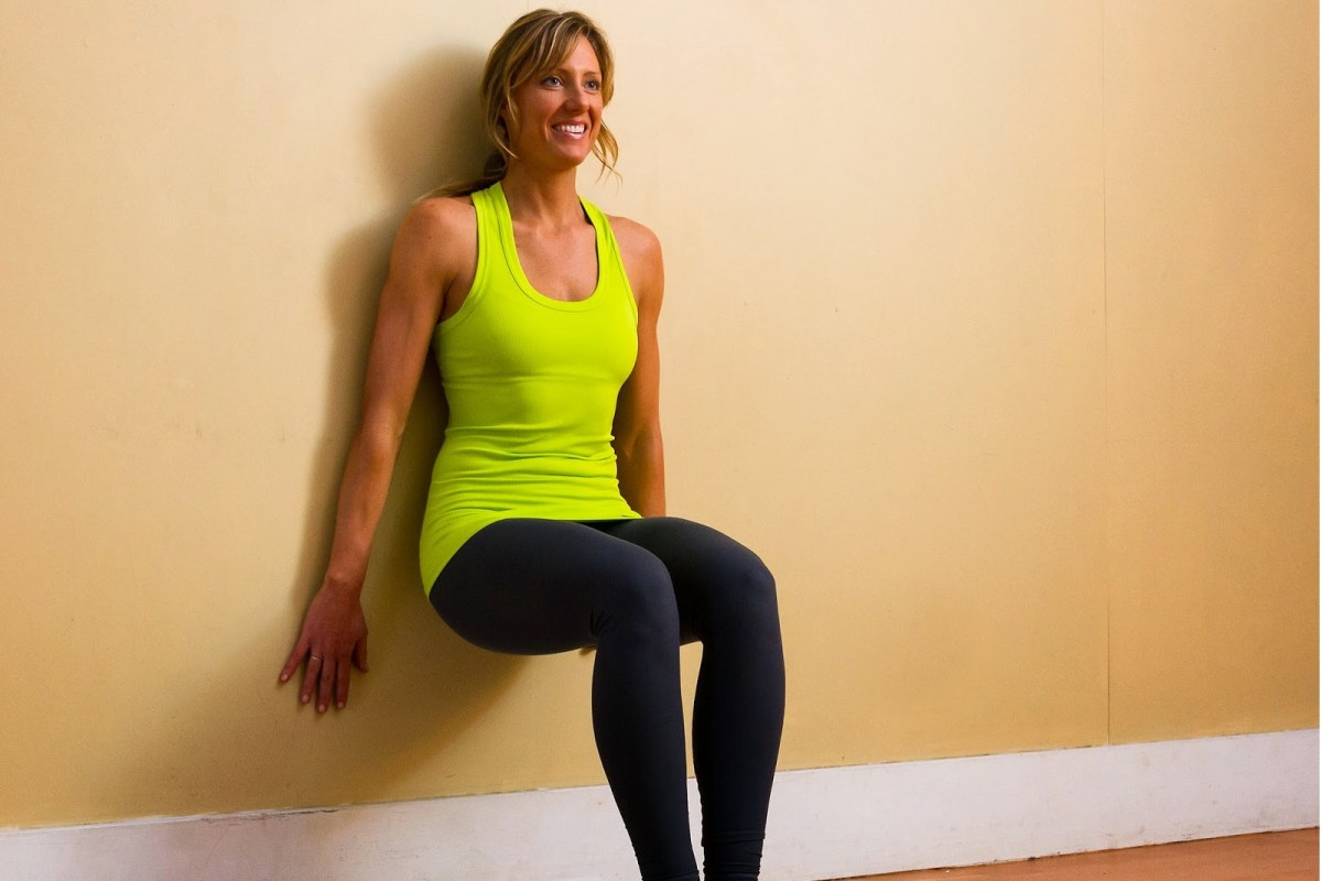 10 Benefits Of Wall Sit Exercises