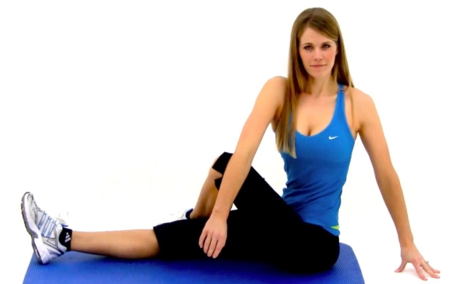 Trunk Twist (Seated)