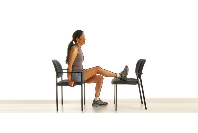 chair-knee-extension