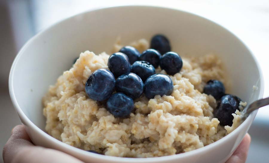 Your breakfast can be a metabolism-booster too! Oats and whole grain foods work well in helping the body speed up metabolism, pushing you much closer to your fat-burning goals.
