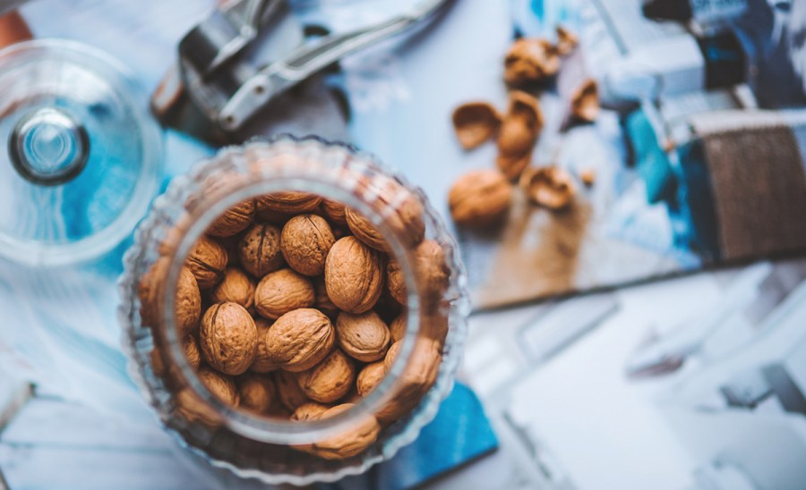 walnuts have healthy fats