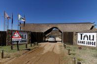 Eingang zur Tau Game Lodge