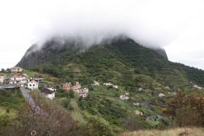 Berg bei Porto da Cruz