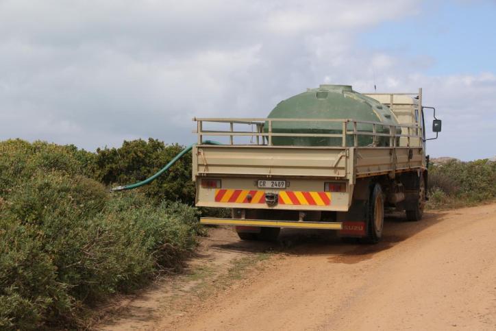Lastwagen mit Wassertank
