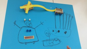 Dit zijn een boot en een robot