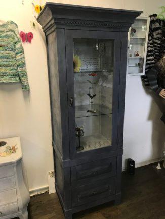 Möbeli börnies 20170815 vitrine old violet 3