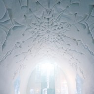 ice_church08