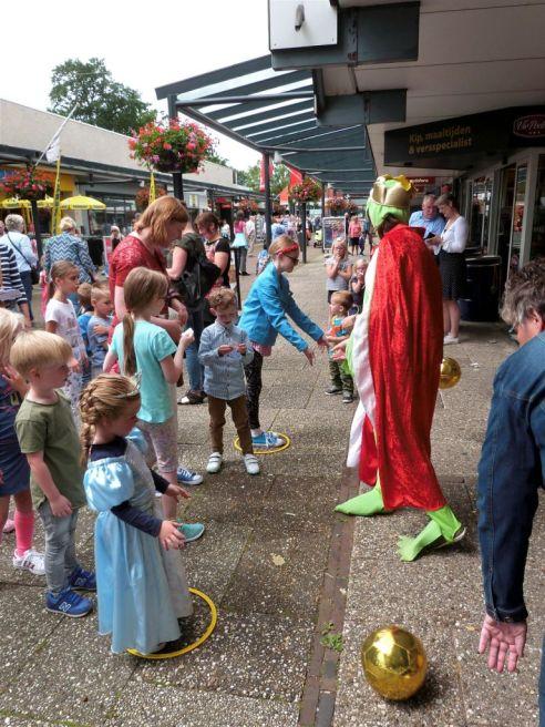 Bogdike-Sprookjesdag-Goocheldag-2017-Veendam-Siena-KoningP1330979