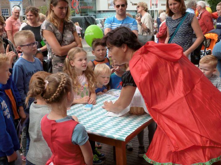 Bogdike-Sprookjesdag-Goocheldag-2017-Veendam-Siena-KoningP1340010