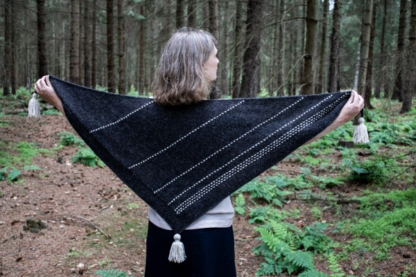 The Dotted Stripes Shawl