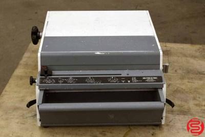 Rhin-O-Tuff HD-7700 Ultima Paper Punch - 020620104350