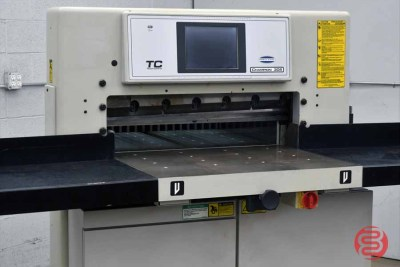 Challenge Champion 305 XG Hydraulic Programmable 30.5in Paper Cutter - 102820010020