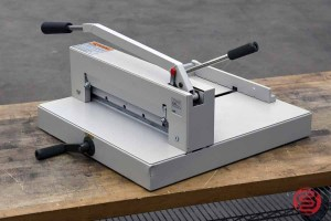 Ideal 3905 Hand Lever Paper Cutter - 122120103900