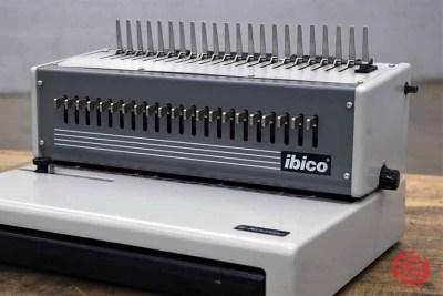 GBC Ibico E-KOMBO Electric Comb Punch / Binder - 011821113520