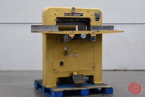 Challenge 230 MCPB Hydraulic Paper Cutter - 020321080800