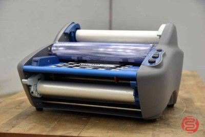 GBC Rollseal Ultima35 Ezload Hot Roll Laminator - 041221075050