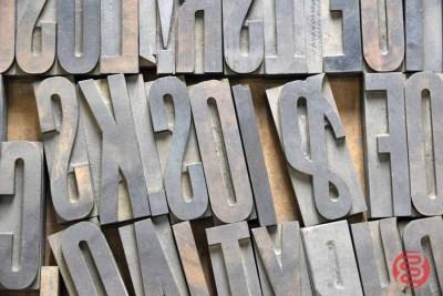 Letterpress Font Wood Type - 050421030756