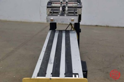 Astro AMC-2000 Friction Feeder w/ Delivery Conveyor - 060321075512