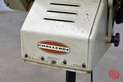 Challenge Paper Jogger - 061621013323