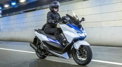 Honda-Forza-125.-Honda.co_.uk_