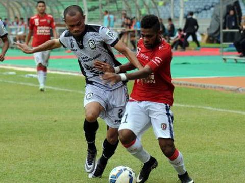 053416100_1459682846-20160403--Sriwijaya-FC-vs-Bali-United-Jakarta--Helmi-Fithriansyah-01