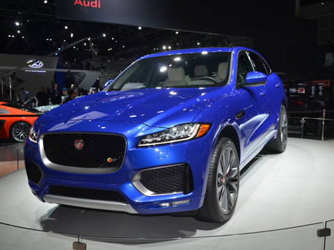 the-jaguar-f-pace-is-the-most-stunning-suv-ive-ever-seen