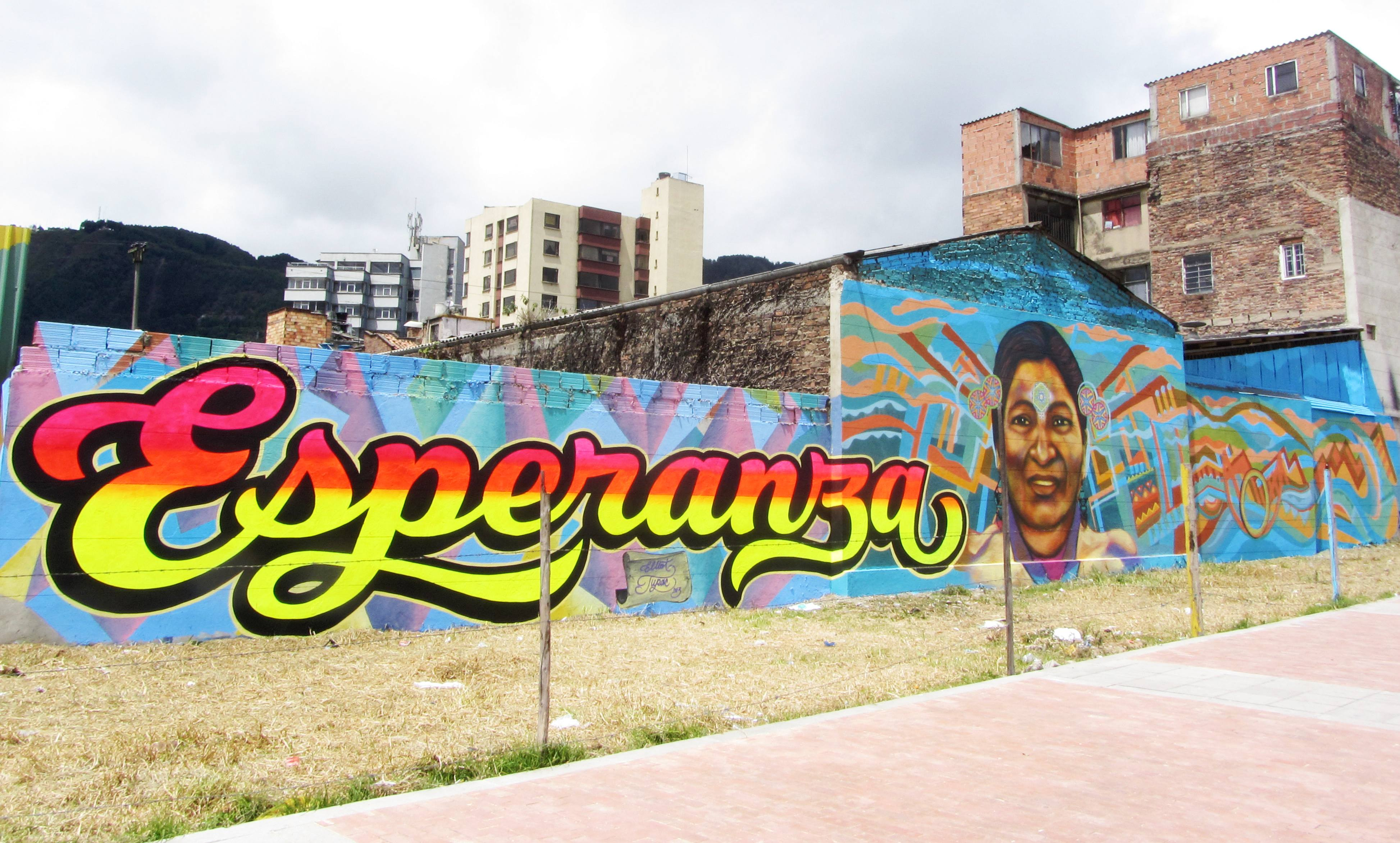 Resultado de imagen para imagenes de grafitis bogota