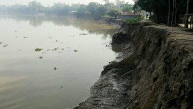 Photo of বাঙালি নদী ভাঙ্গন রোধে স্থায়ী কাজ অতিব জরুরি