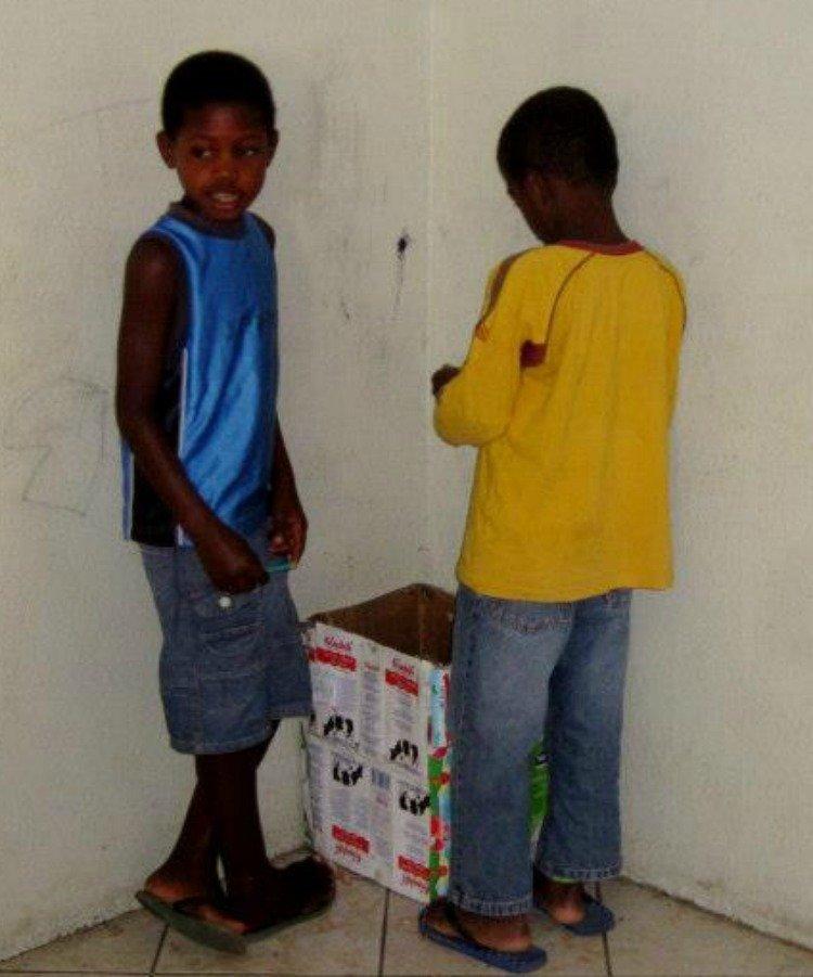 Bezoek aan een school op Sal in Kaapverdië