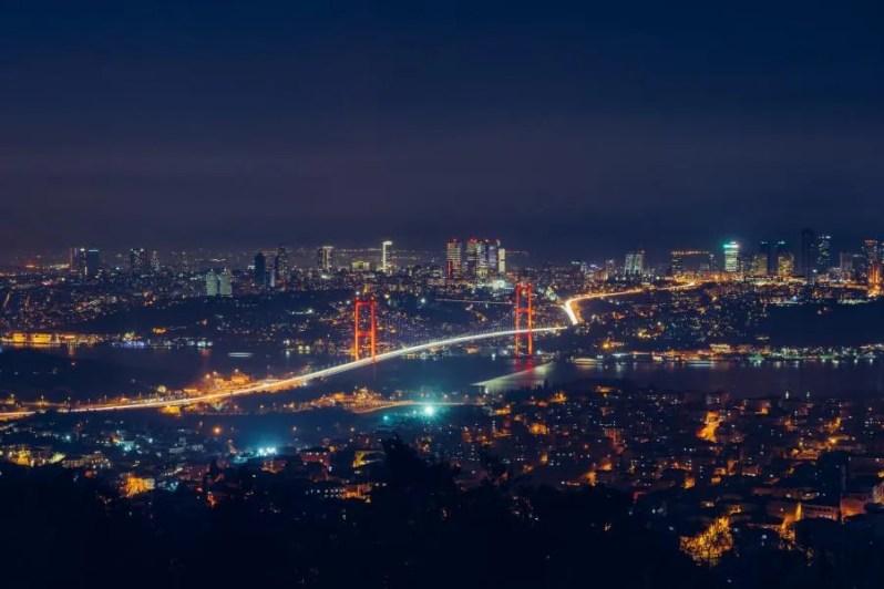 Alles dat je moet weten over reizen met het openbaar vervoer in Istanbul