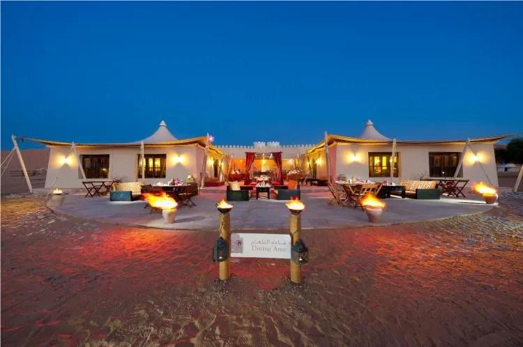 Een bijzondere overnachting in de woestijn Desert Nights Camp in Oman