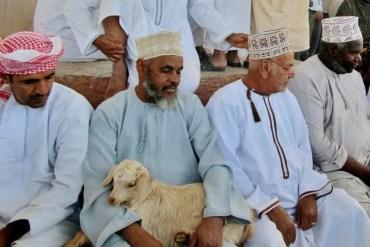 Bezoek op vrijdag de geitenmarkt in Nizwa tijdens je reis door Oman