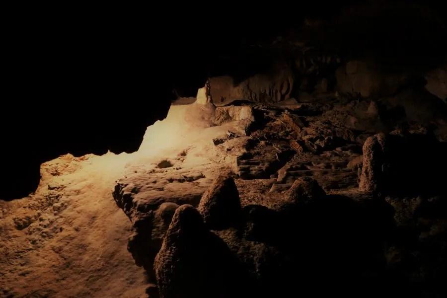 Breng een bezoek aan de bijzondere grotten van Postojna in Slovenië