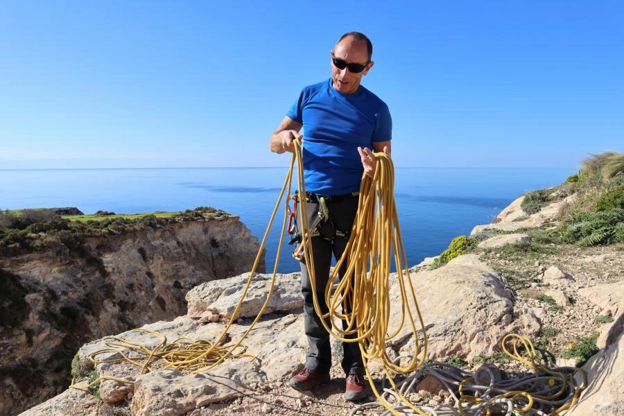 Abseilen en rotsklimmen met MC Adventure in Malta