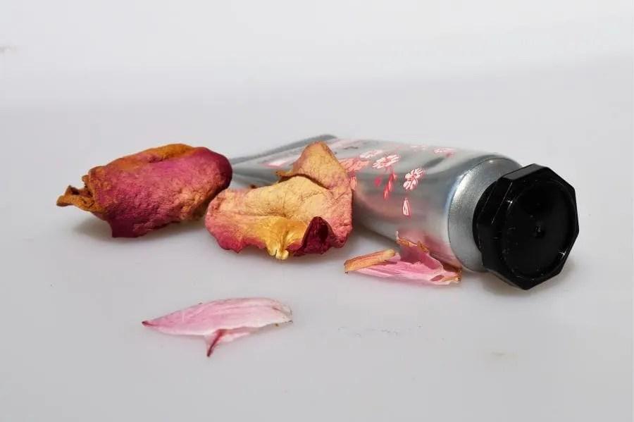 Cherry Blossom handcrème van L'Occitane en Provence