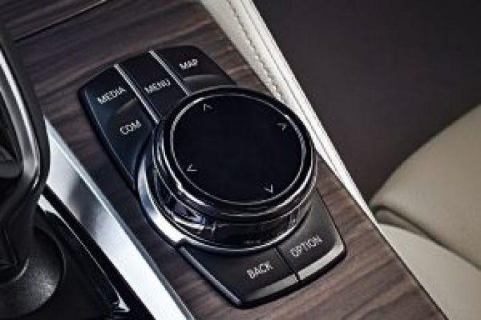 BMW radu 5 Touring ovládanie