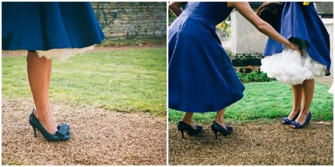bridesmaids in blue 50's dresses