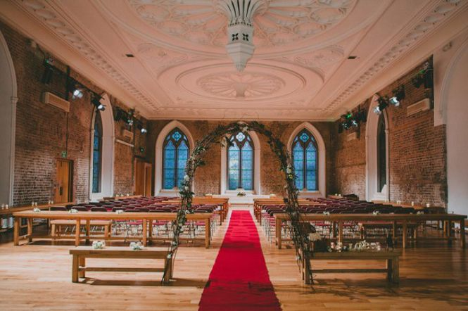 The Dark Barn In Gloucestershire Is Another Friendly Wedding Venue And A 400 Year Old Red