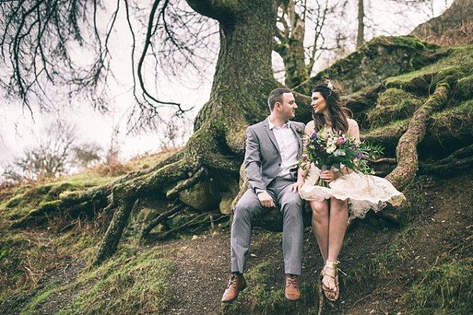 Boho Loves: Jess Yarwood, Relaxed and Natural Wedding Photography
