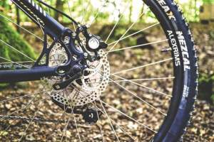 Kolarskie tips & tricks zacisk koła i koło
