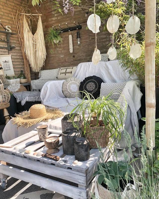 Bohemian Style Home Decor Ideas (10)
