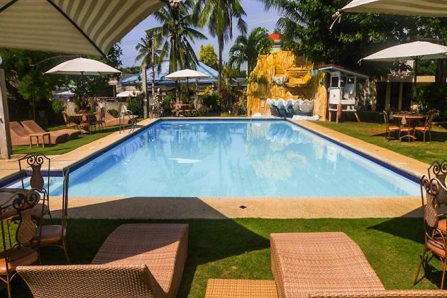 Alona Kew White Beach Resort  Panglao Island Bohol