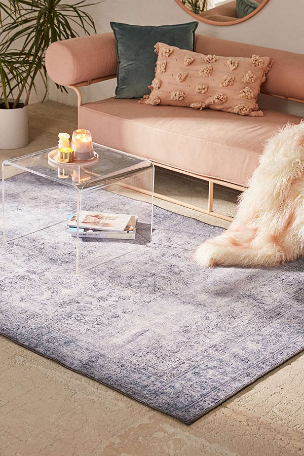 COZY UP YOUR HOME WITH THE PERFECT RUG